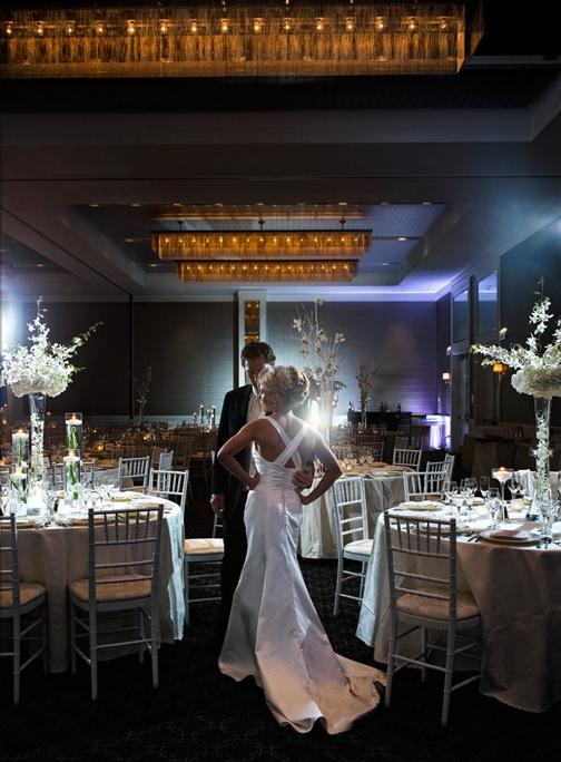 Wedding Flowers By Scarlet Petal Florist Chicago Il Hotel Arista