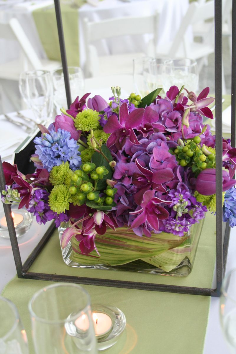 Purple and green wedding centerpieces, Purple and green wedding centerpieces pictures