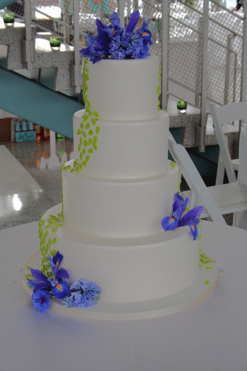 Green Cake Blue Flowers