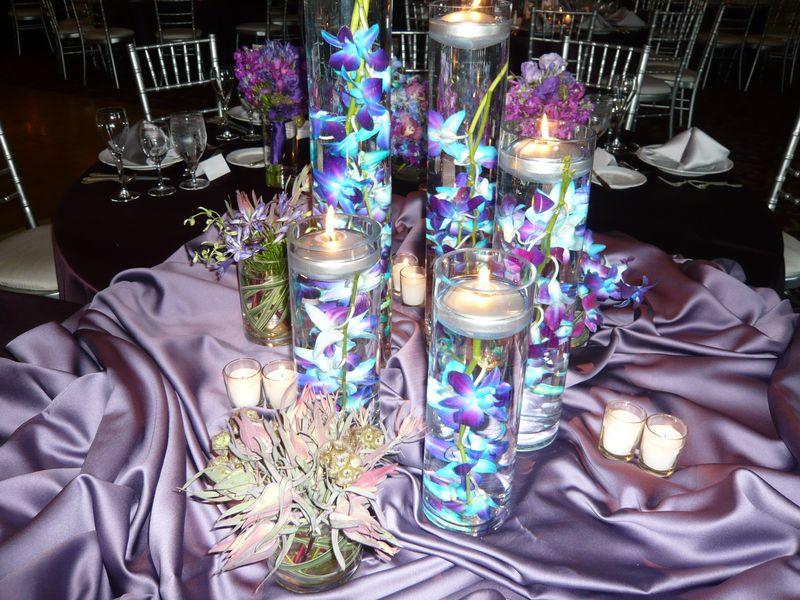 Wedding flowers by scarlet petal florist chicago il for Vase deco de table