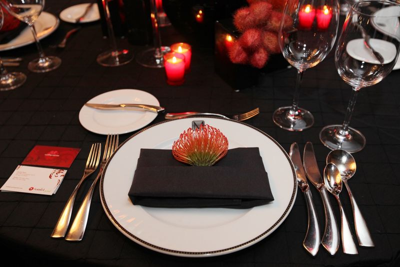 Pincushion Protea Napkin Accent