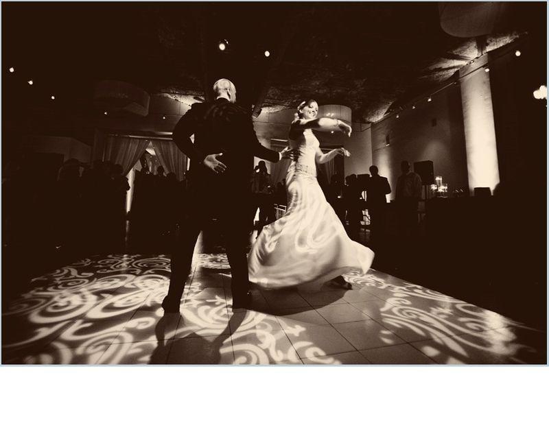 Chicago Illuminating Company Wedding Reception_Scarlet Petal
