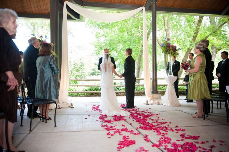 Lincoln Park Zoo_Foreman Pavilion Wedding_Scarlet Petal