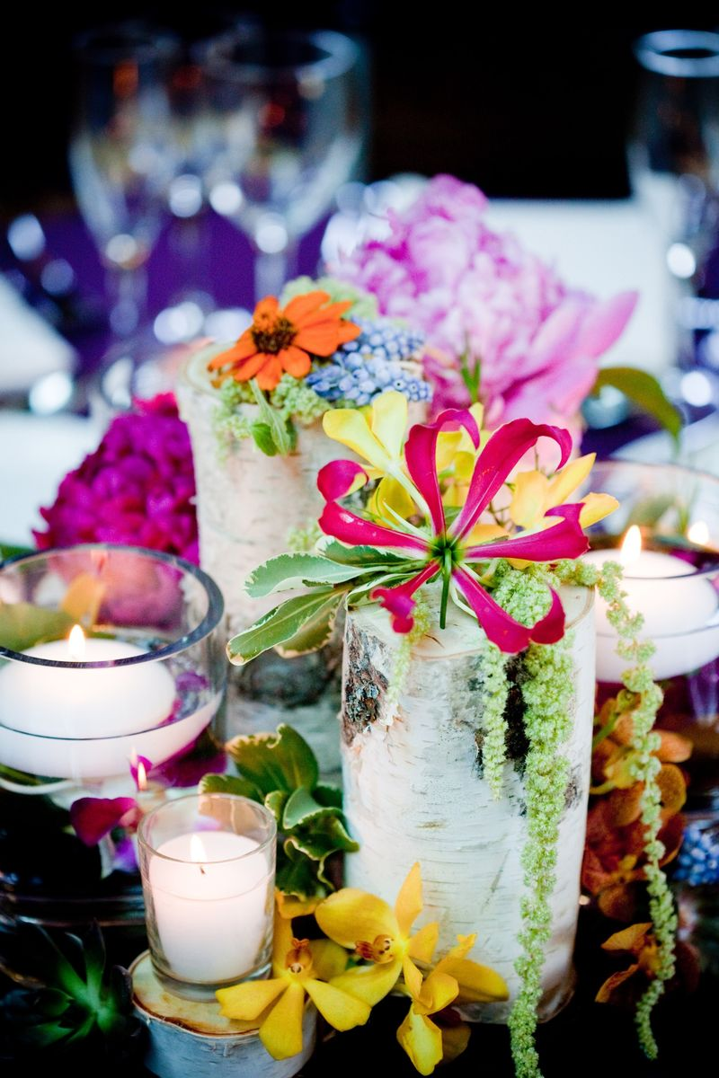 Birch Tree Stump Centerpiece_Cafe Brauer_Scarlet Petal