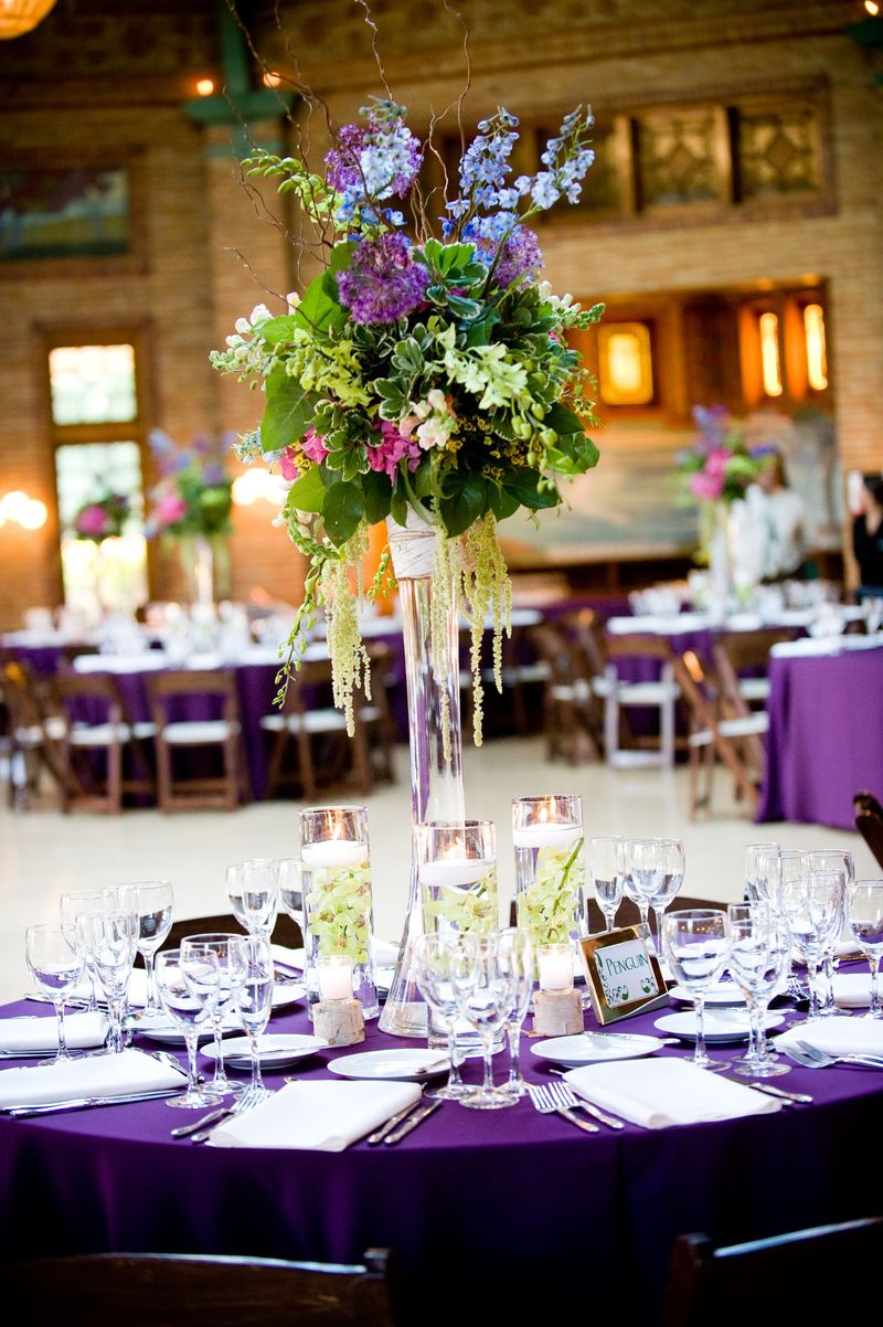 Green and Blue Spray Centerpiece_Cafe Brauer Wedding_Scarlet Petal