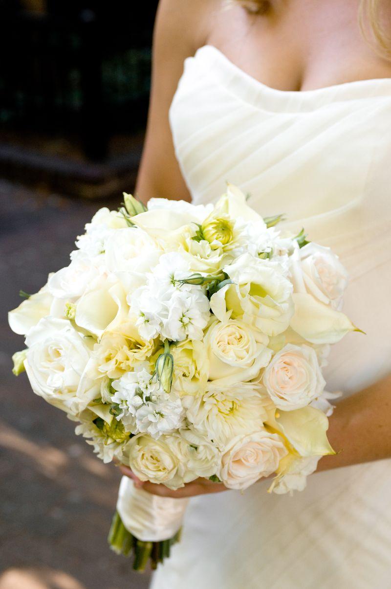 Ivory Bridal Bouquet_Scarlet Petal