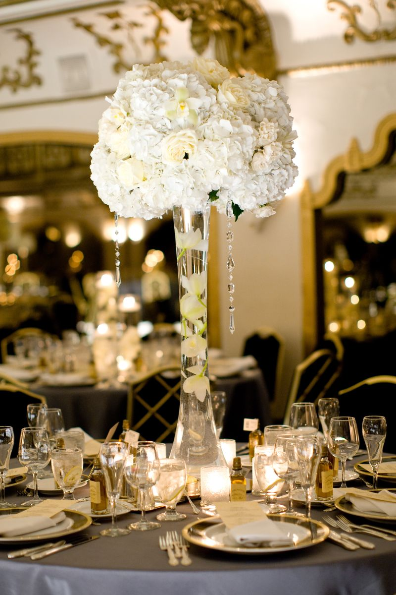 Hydrangea and Rose Centerpiece_Hanging Crystal_Scarlet Petal Wedding_Knickerbocker Wedding Chicago