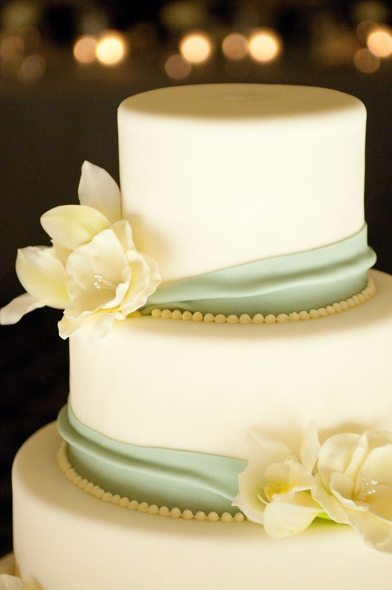 Wedding Cake_Scarlet Petal