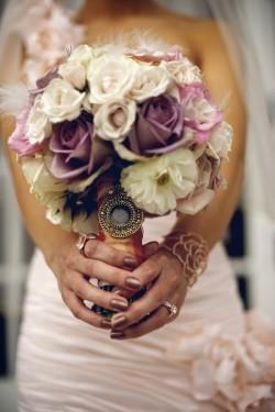 Varied-Purple-Rose-Bouquet-250x375