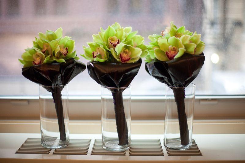 Green Cymbidium Orchid Bouquet_Scarlet Petal Wedding