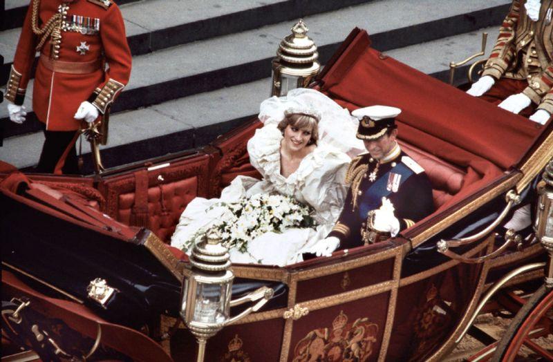 Royal-Wedding-Carriage