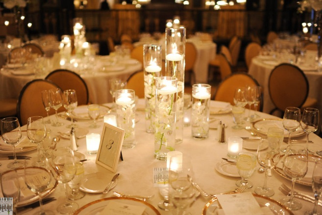 Floating Candle Centerpiece_Empire Room Palmer House Hilton Wedding _Scarlet Petal Weddings