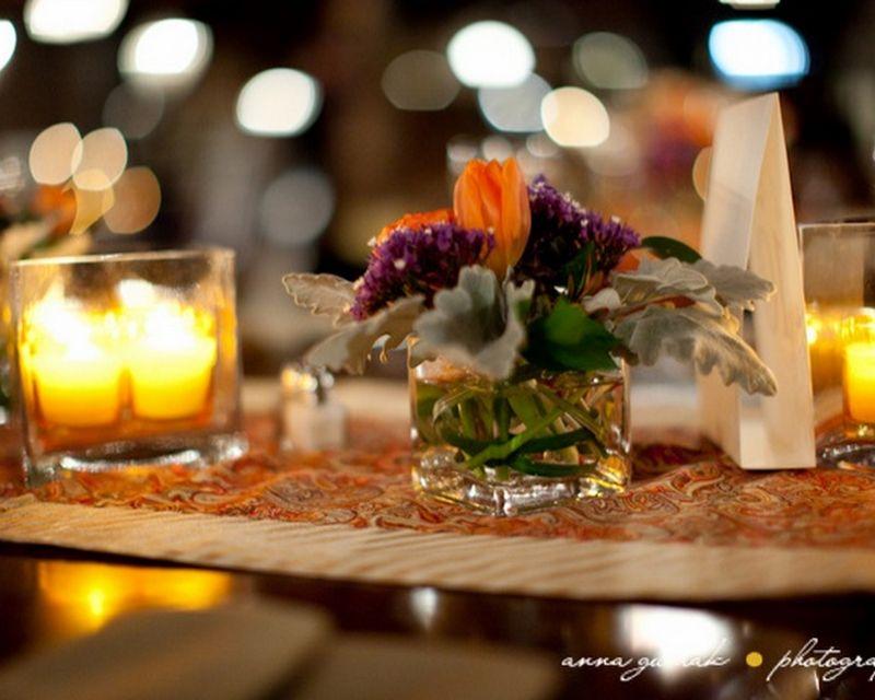 Tulip Centerpiece_Salvage One Wedding_Scarlet Petal