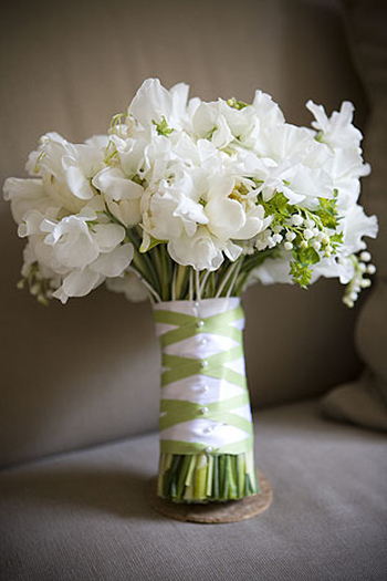 Lily-of-the-valley-wedding-bouquets-3