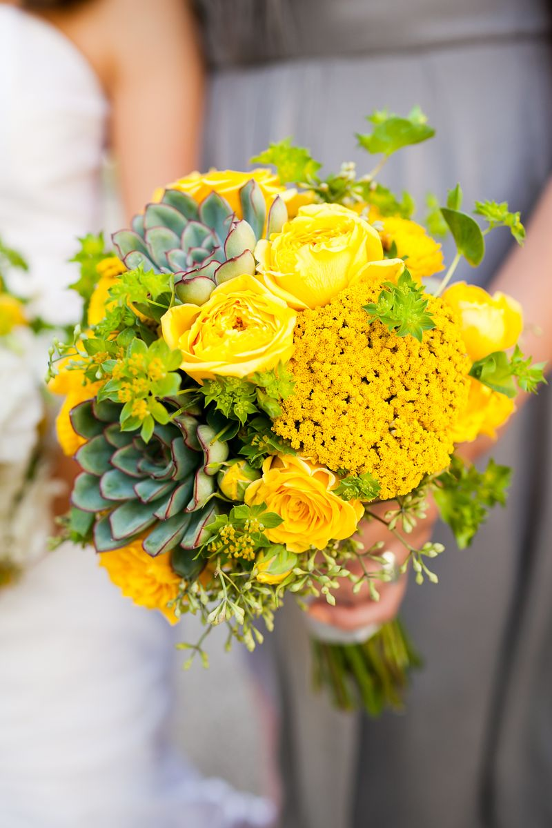 Yellow Bridesmaid Bouquet_Succulent_Scarlet Petal