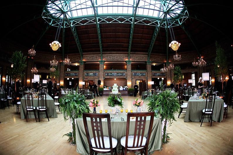 Cafe Brauer Reception_Green Wedding_Scarlet Petal