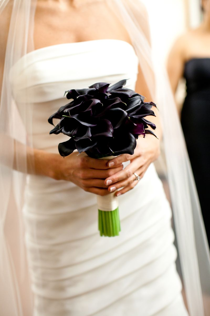 Black Calla Bridal Bouquet_Scarlet Petal
