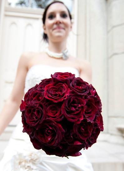 Black Beauty Rose Bouquet_Scarlet Petal