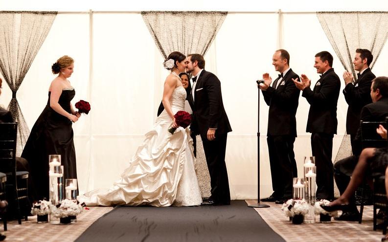 Black and White Wedding Ceremony_Park Hyatt Chicago_Scarlet Petal