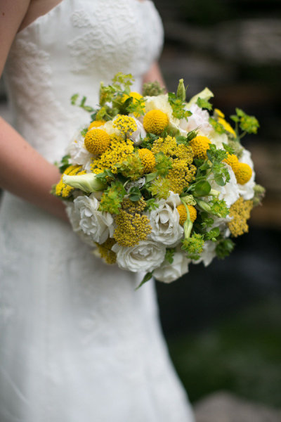 Yellow and White Bridal Bouquet_Scarlet Petal